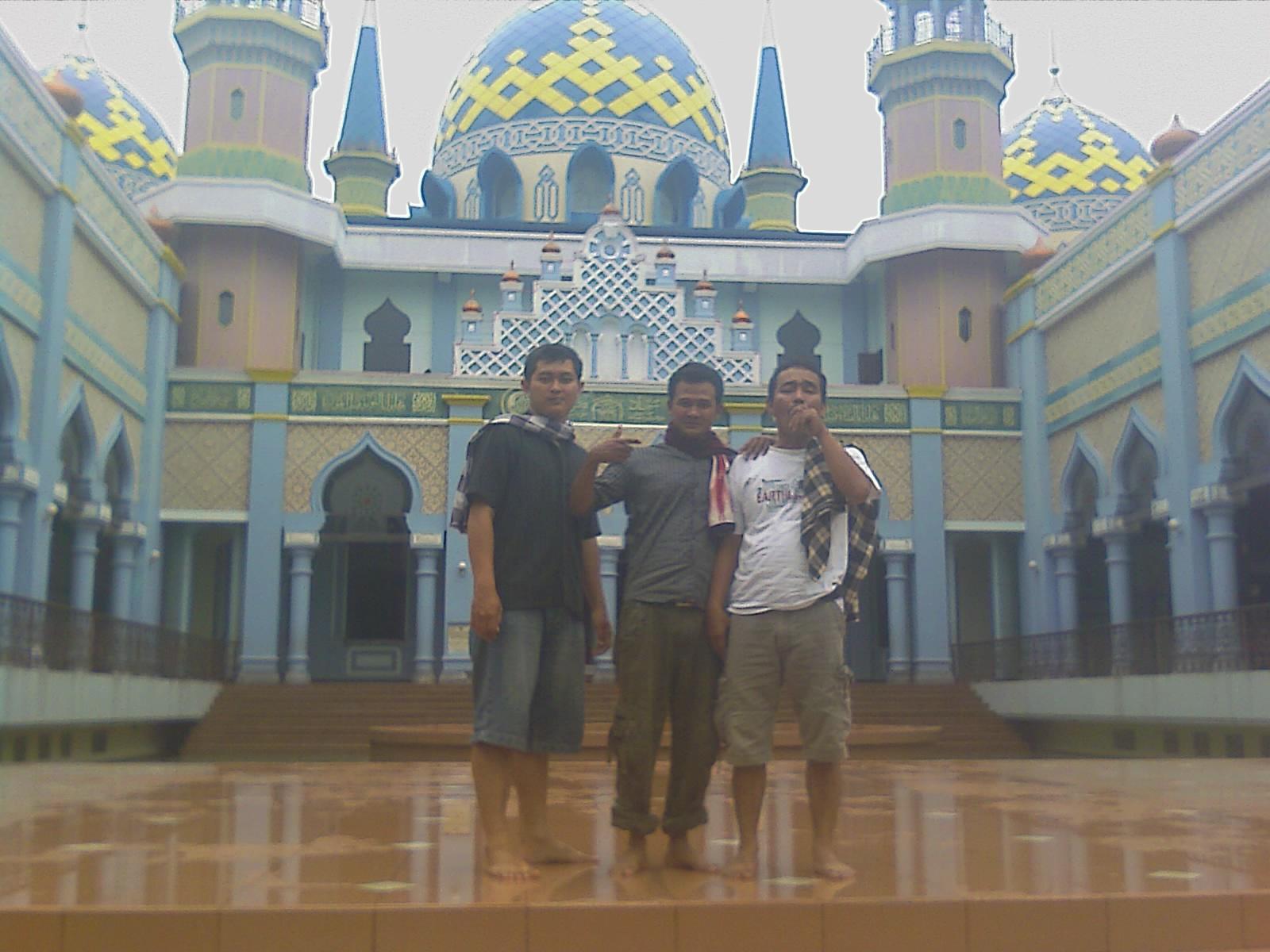 Saung KurinQ